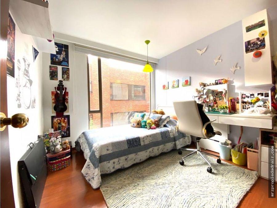 se vende apartamento chico navarra