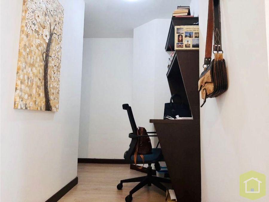 se vende apartamento en bella suiza bogota