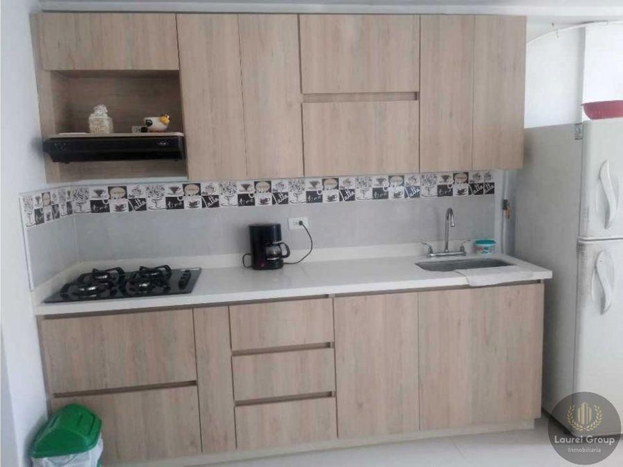 se vende apartamento en calasanz parte baja