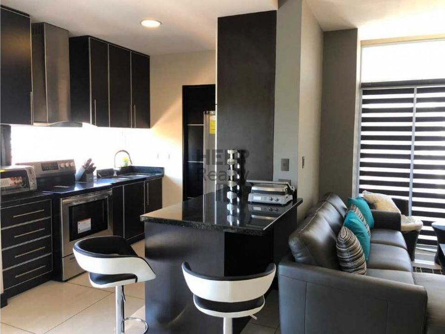 se vende apartamento en curridabat guayabos