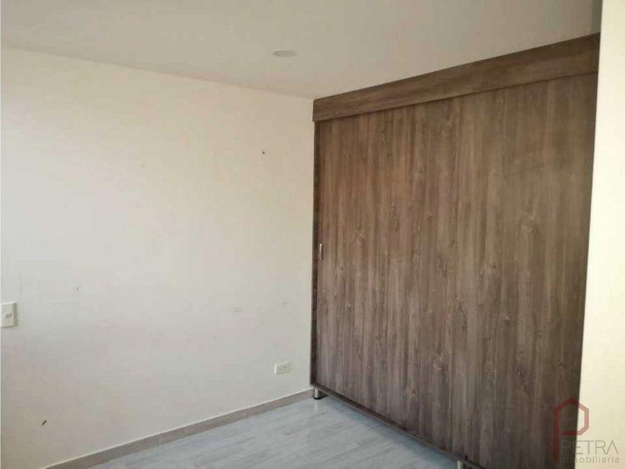 se vende apartamento en itagui centro de la moda