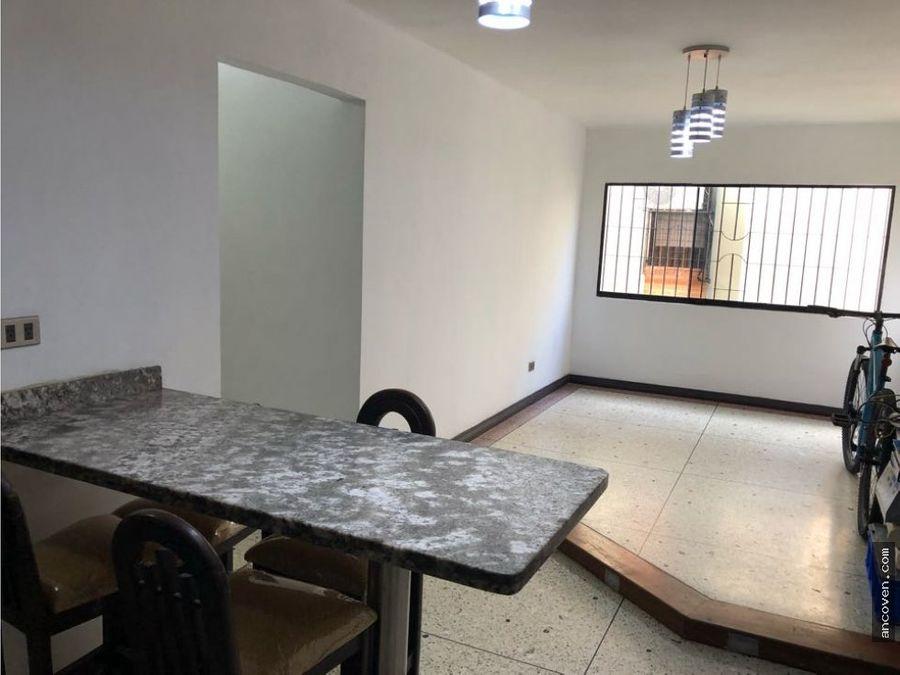 se vende apartamento en piedra azul naguanagua