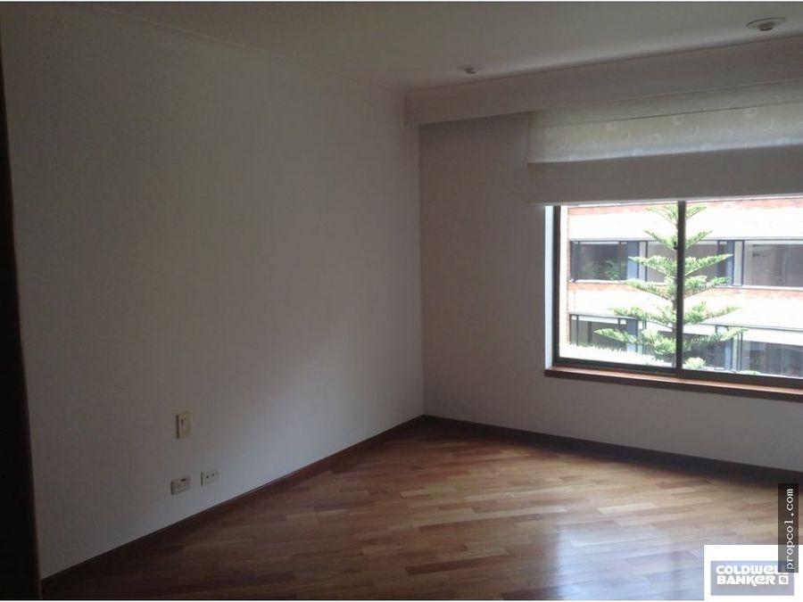 se vende apartamento en rosales bogota