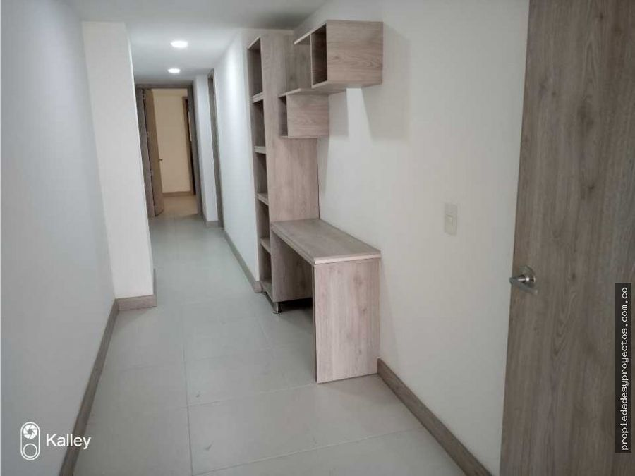 se vende apartamento en san juaquin