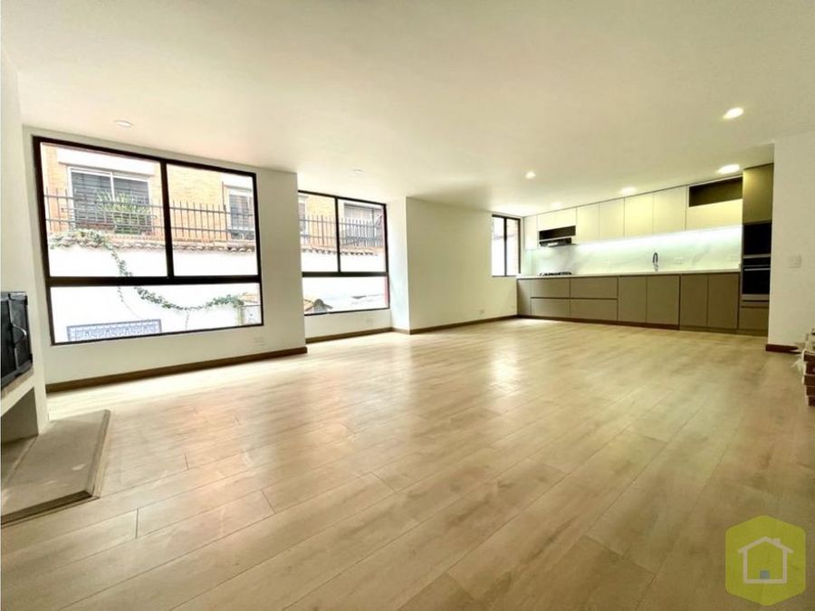 se vende apartamento en santa barbara central bogota