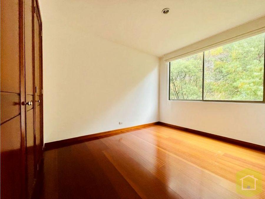se vende apartamento en santa barbara alta bogota