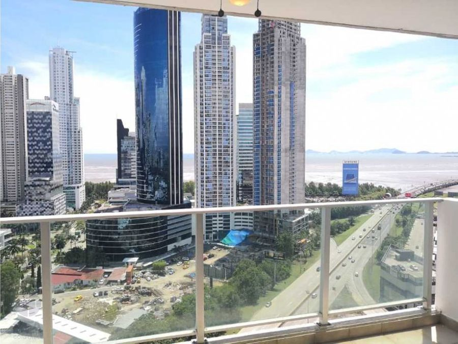 se vende apartamento ph sevilla vista al mar