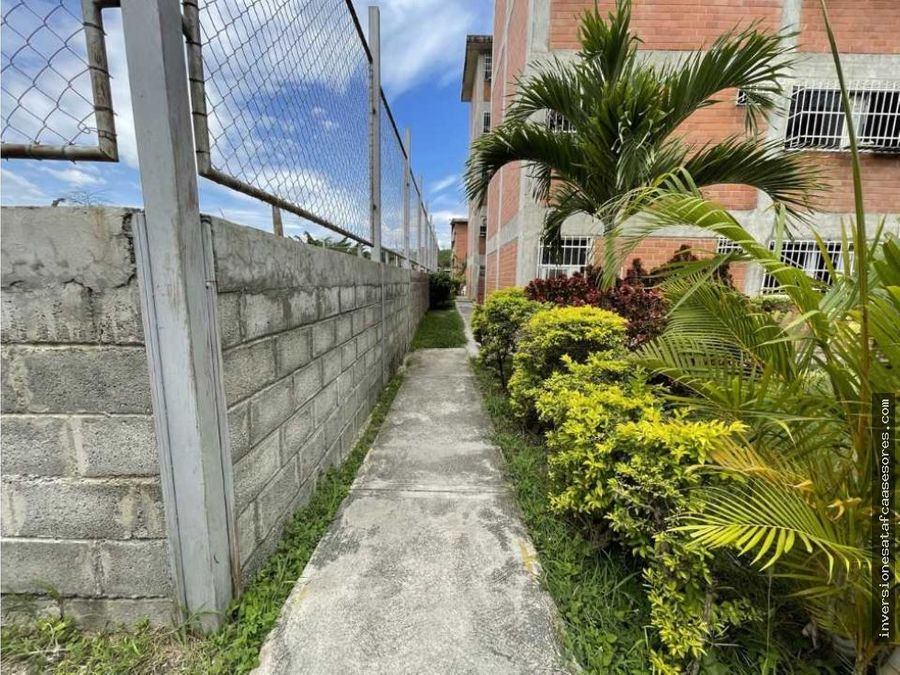 se vende apto 3hab1b1pe terrazas de niquitao el ingenio guatire