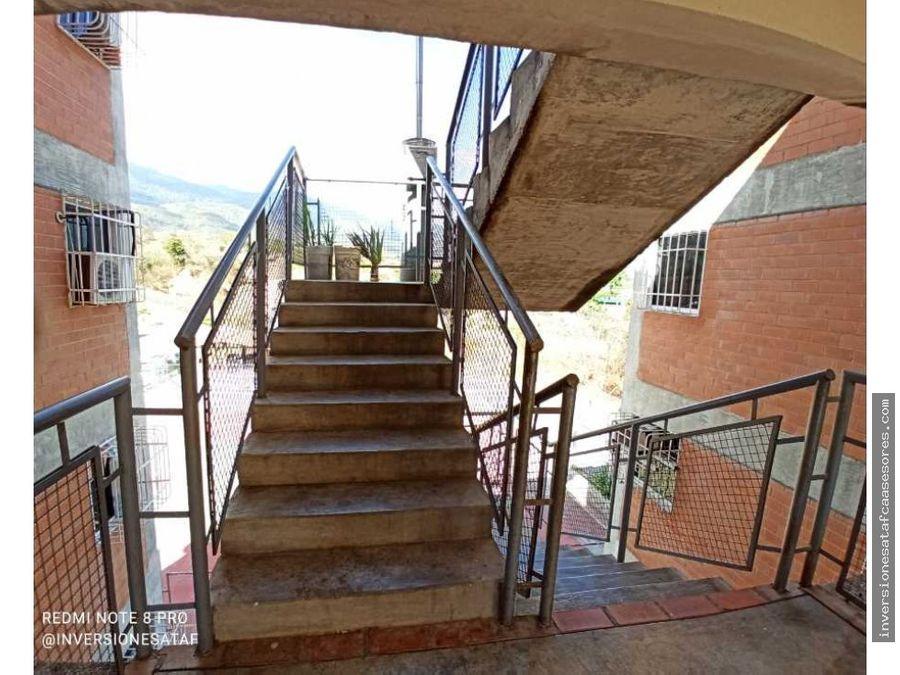 se vende apto 3hab1b1pe terrazas de niquitao guatire