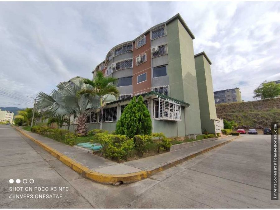 se vende apto 2hab1b1pe parque residencial la sabana guatire