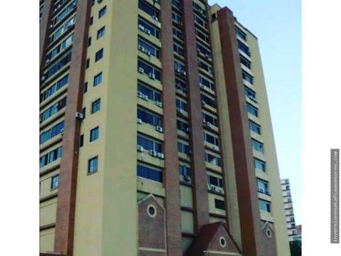 se vende apto 72m2 2h1b1pe plaza suite guarenas