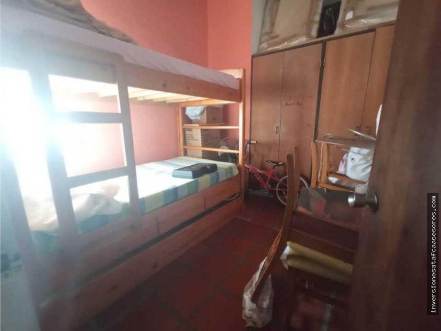 se vende casa 3hab2b7petrza el atrio castillejo guatire