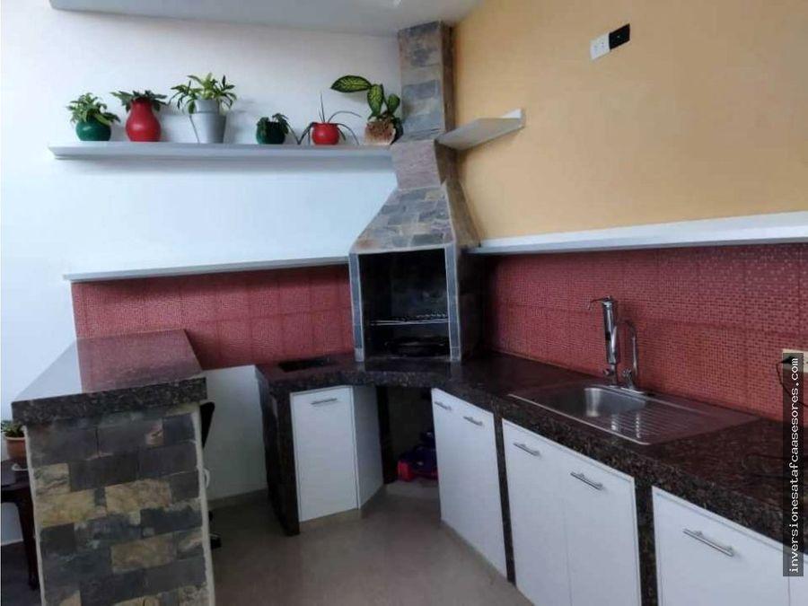 se vende casa 3hab3b3petrza canaima ii guatire