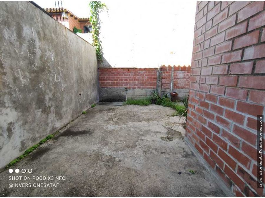 se vende casa 3hab3b2petrza villas del este villa heroica guatire