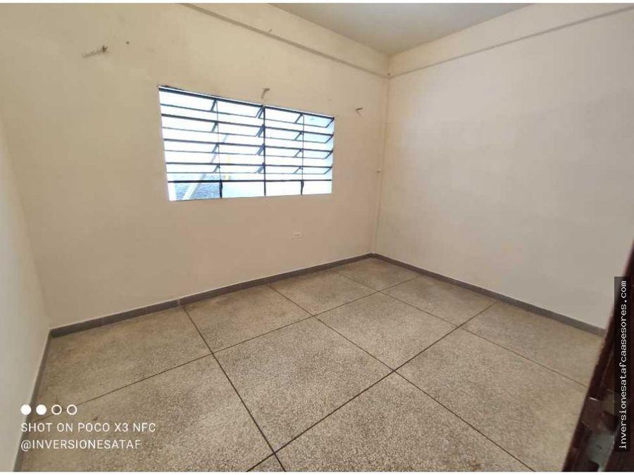se vende casa 4hab2b0pe trza calle ricaurte guatire