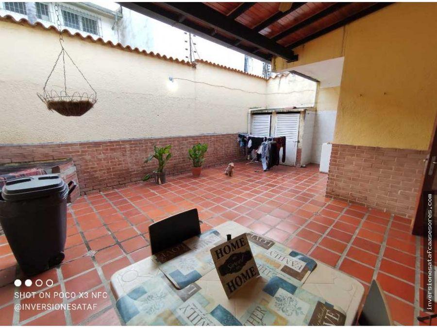 se vende casa 4hab3b2petrza los chaguaramos valle arriba guatire