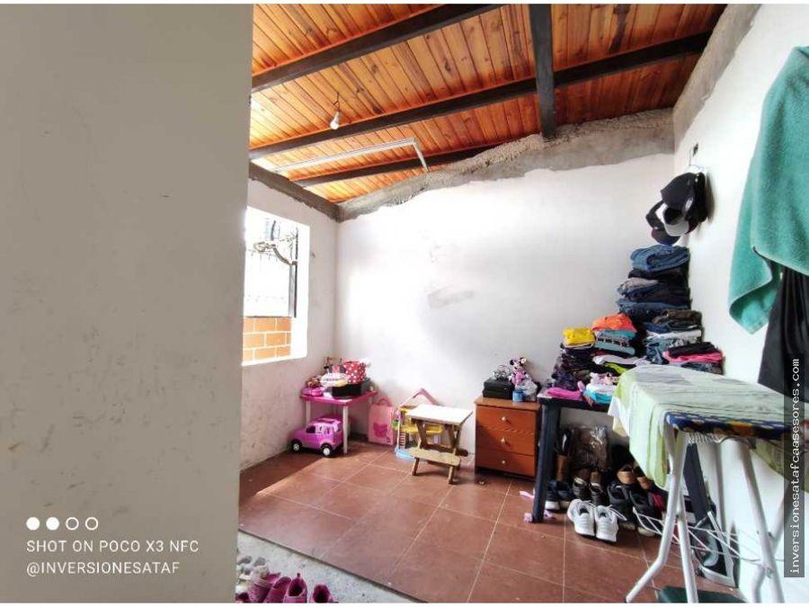 se vende casa 4hab3b2petrza nueva casarapa los aleros guarenas