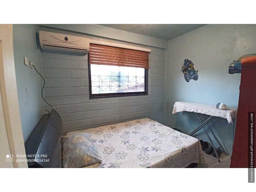 se vende casa 5hab5b1pe2trza muralla arriba guatire