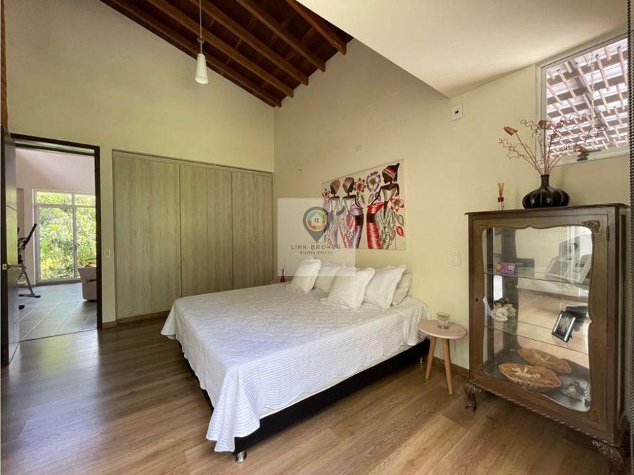 se vende casa campestre moderna en el sector de cerritos pereira