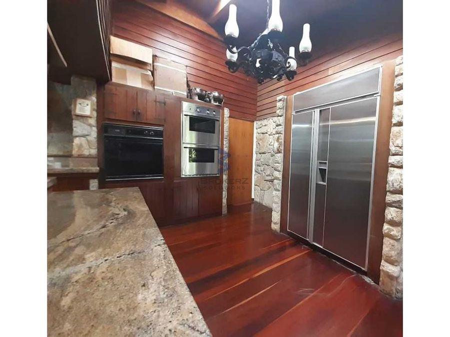 venta casa 3537m2t 1760m2c 7h6b7p cerro verde