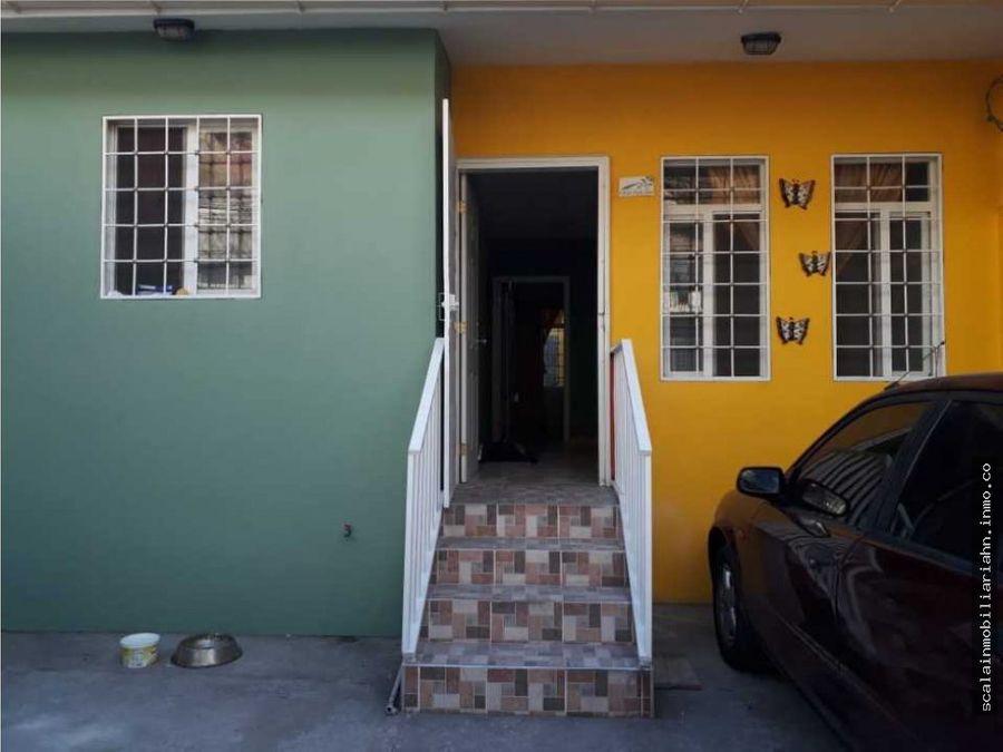 se vende casa de hab villas los laureles