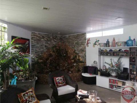 se vende casa en ciudad jardin cali colombia