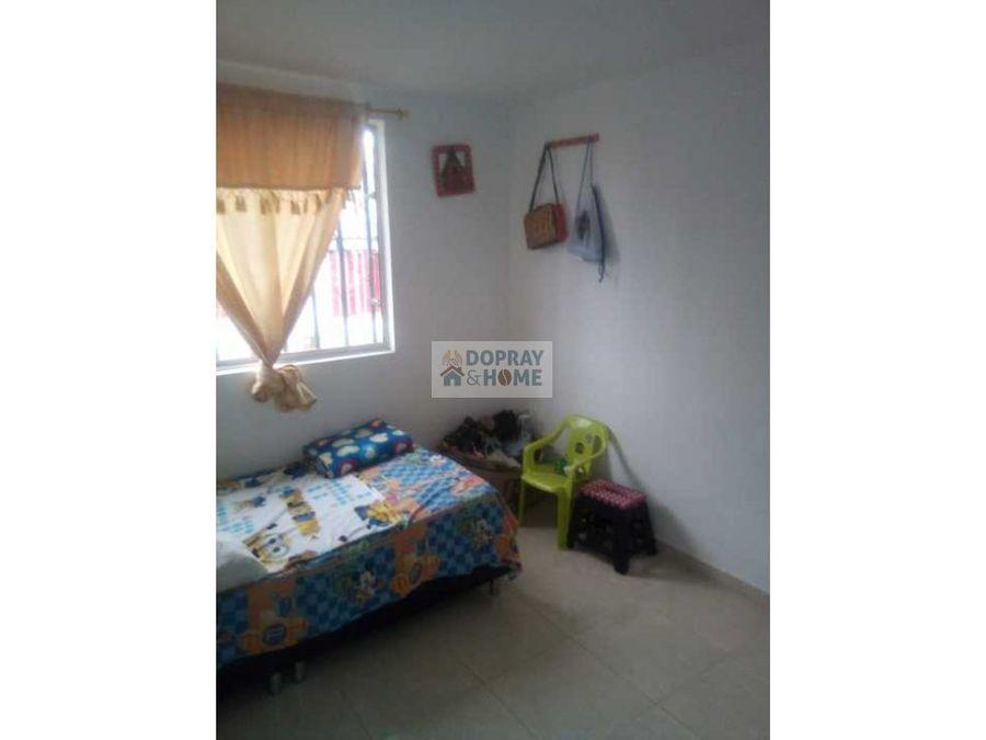 se vende casa en el barrio puerto espejo