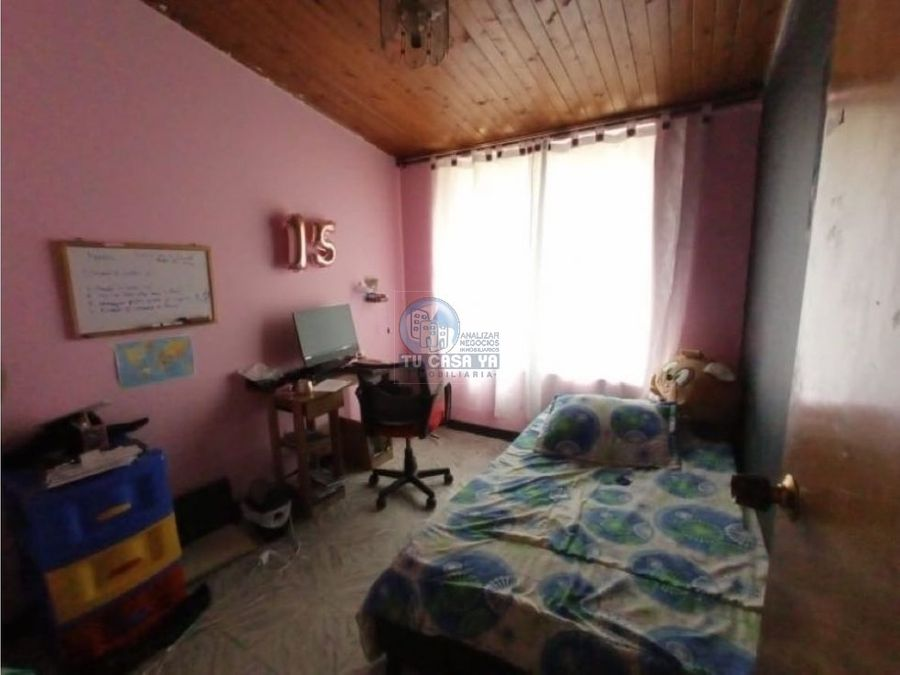 se vende casa en el poblado 2
