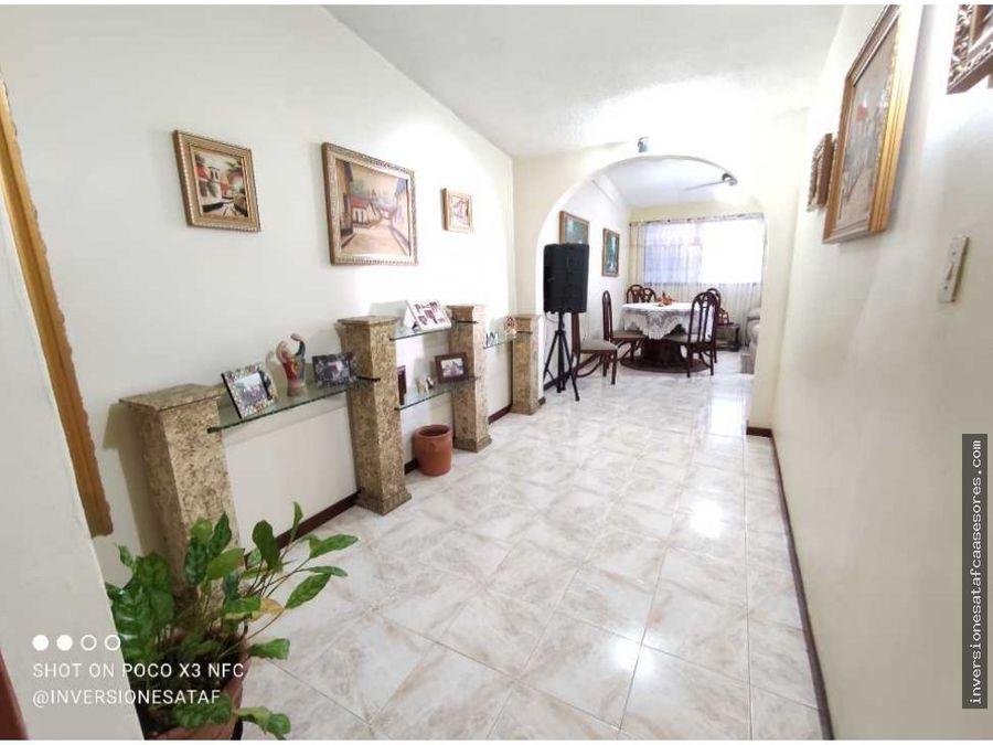 se vende casa quinta 4hab4b3pe2trza castejon castillejo guatire