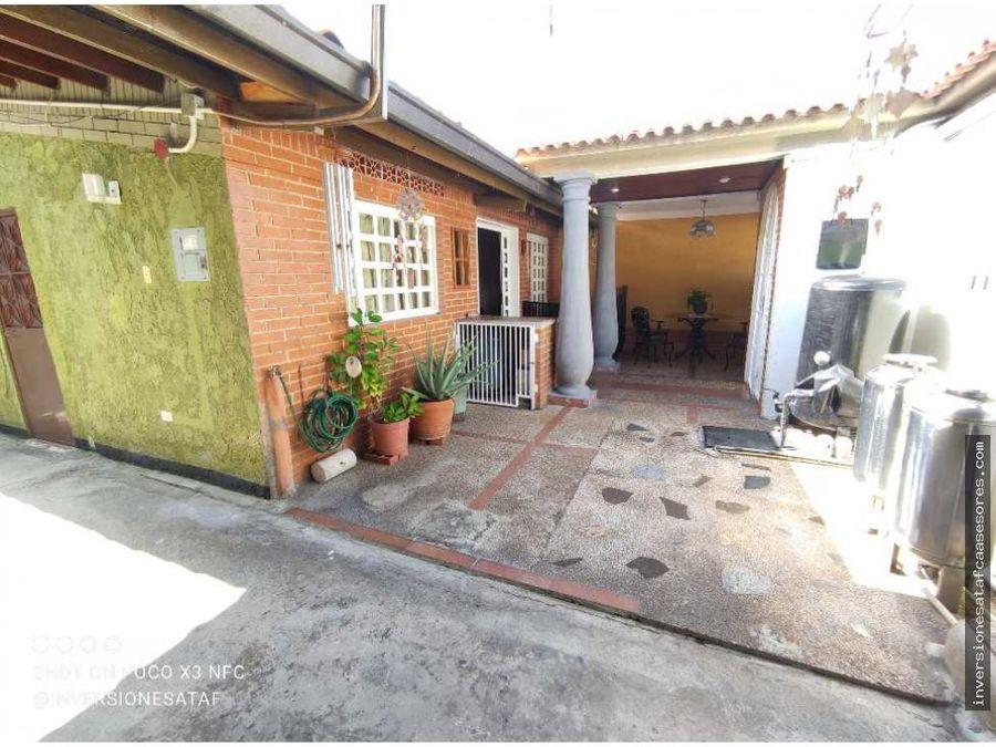 se vende casa quinta 6hab5b3petrza 3anex alcazar castillejo guatire