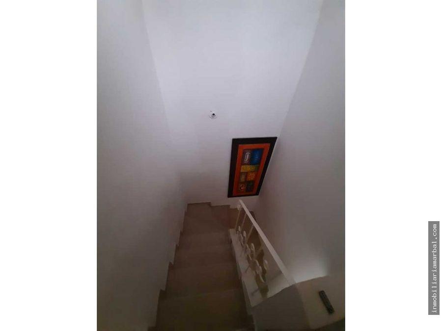 se vende casa urb la castellana