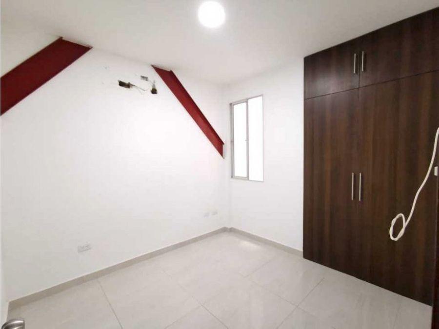 se vende edificio completo se vende multifamiliar de tres pisos
