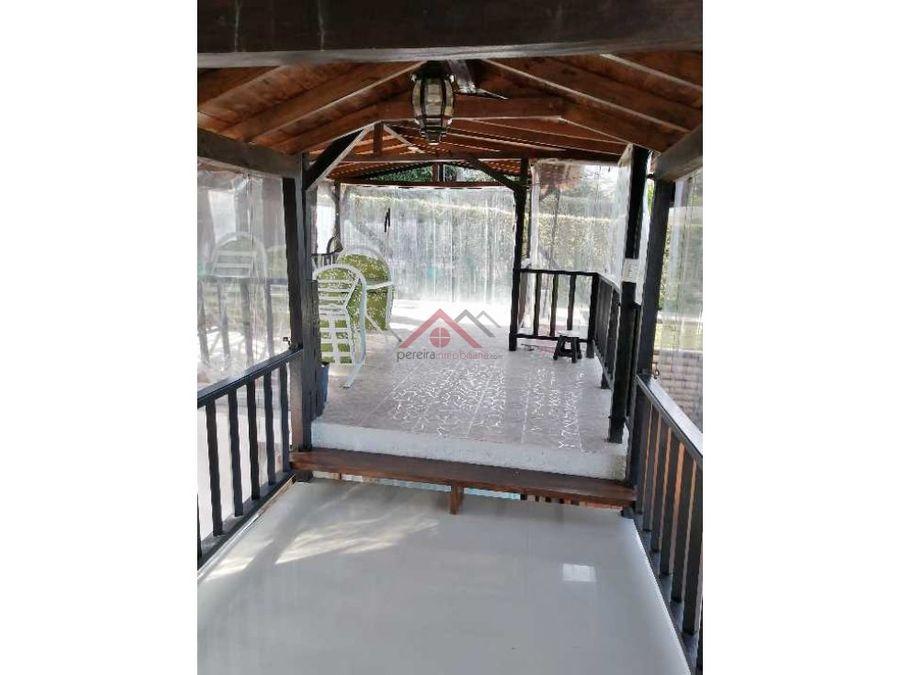 se vende espactacular casa campestre en sector de tribunas