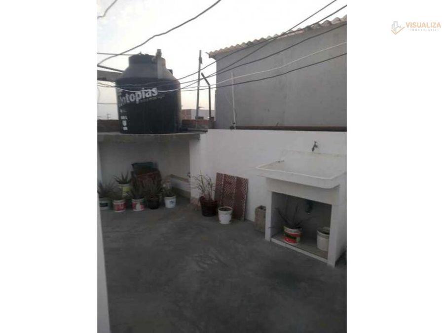 se vende hermosa casa de 3 pisos en urb san isidro
