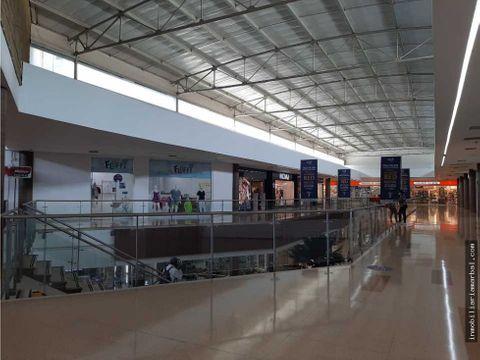 se vende local cc guatapuri 2do piso