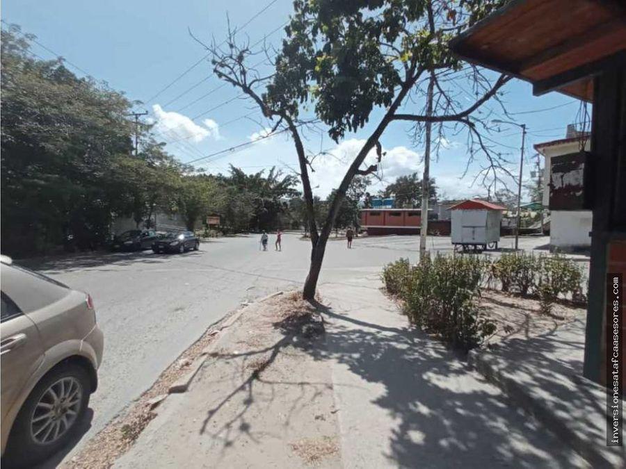se vende local 2amb1b1pe avenida principal los naranjos guarenas
