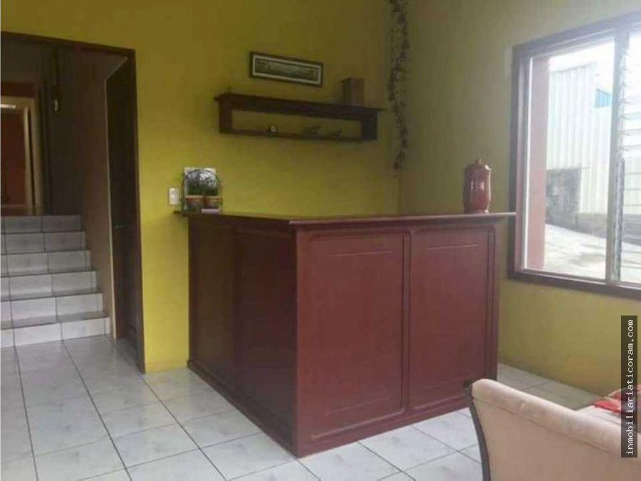 se vende hermosa casa en san carlos urbanizacion san martin