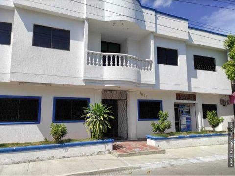 se vende propiedad de 2 pisos tipo institucion en sabanalarga 001 gm