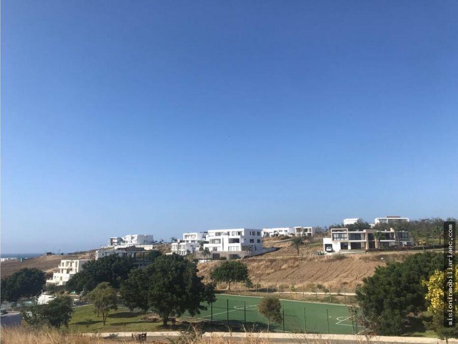 se vende terreno en ciudad del mar manta