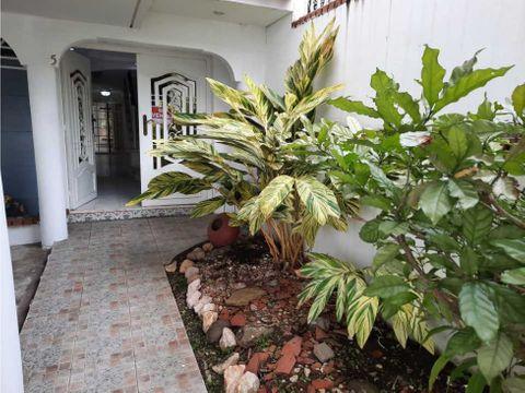 sea confiable vende casa en club x betania 312 mt2