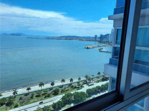 sea confiable vende ph grand bay vista al mar piso alto