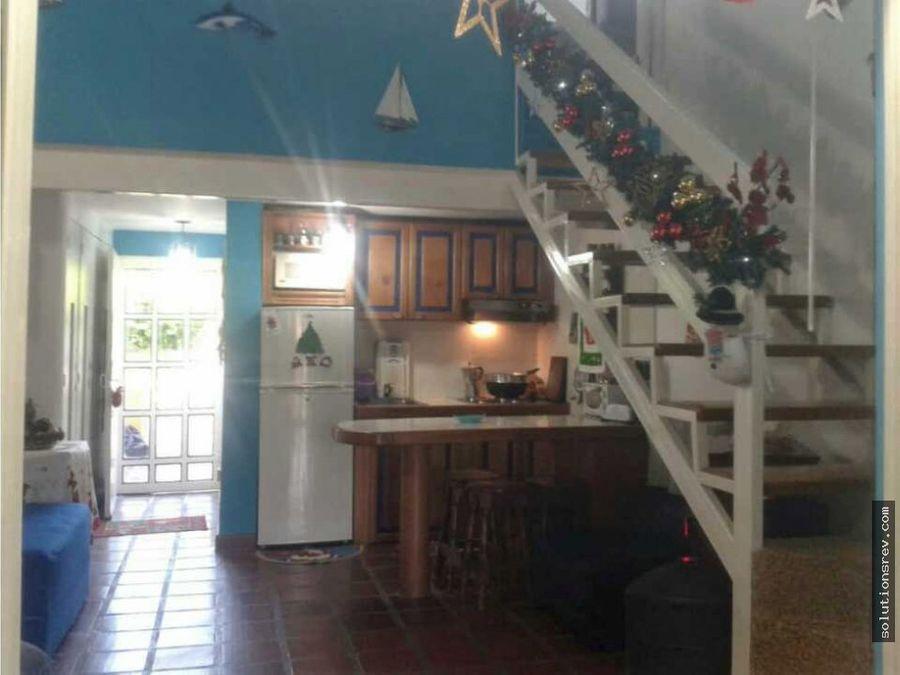 solution real estatevende town house en tacarigua