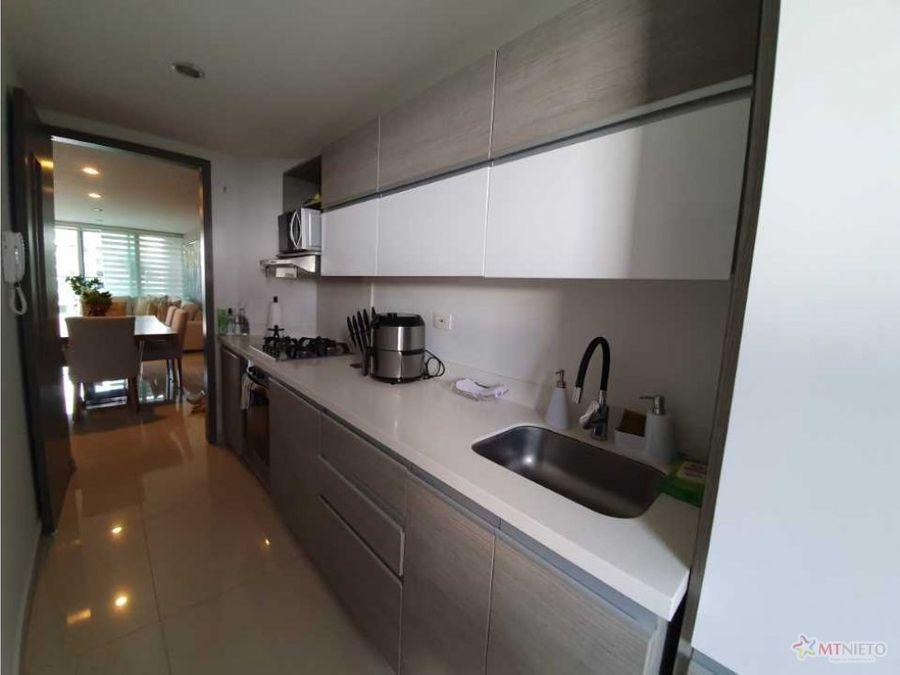 apartamento 124m2 de 3 alcobas la castellana