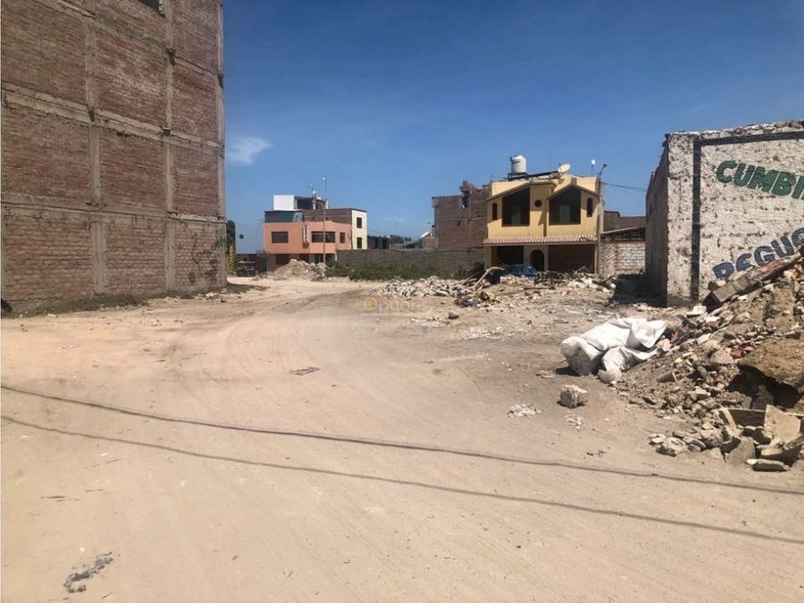 terreno en esquina en ciudad de camana arequipa
