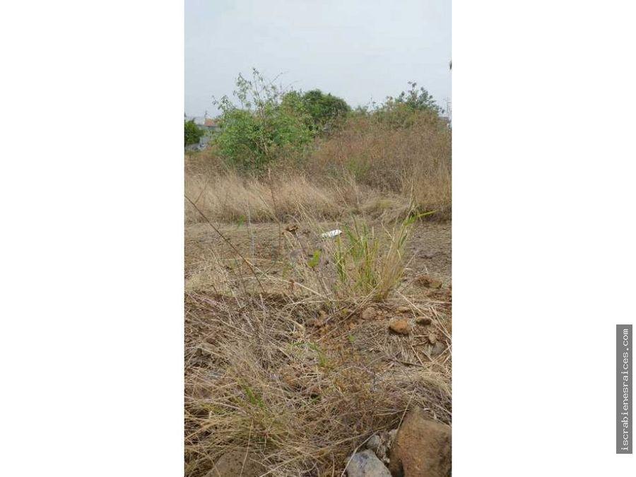 terreno en everest en fraccionamiento lomas de cocoyoc