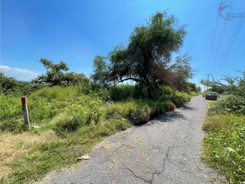 terreno en venta en tequesquitengo a pie de carretera