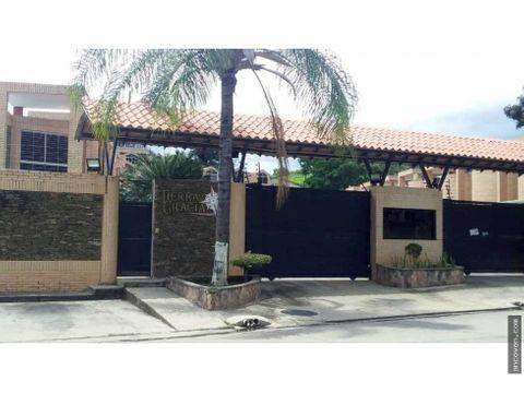 town house en naguanagua el rincon vende ancoven master