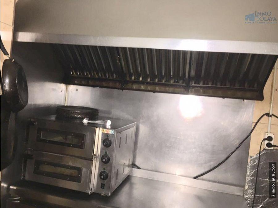 traspaso restaurante dos salidas de humos