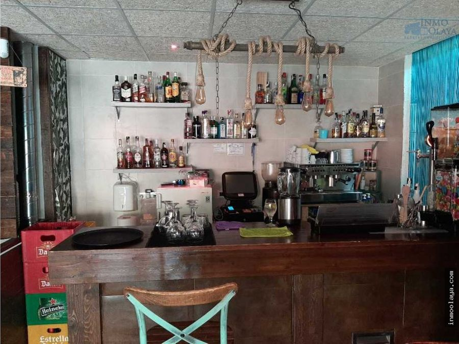 traspaso bar restaurante c3 con terraza en nou barris
