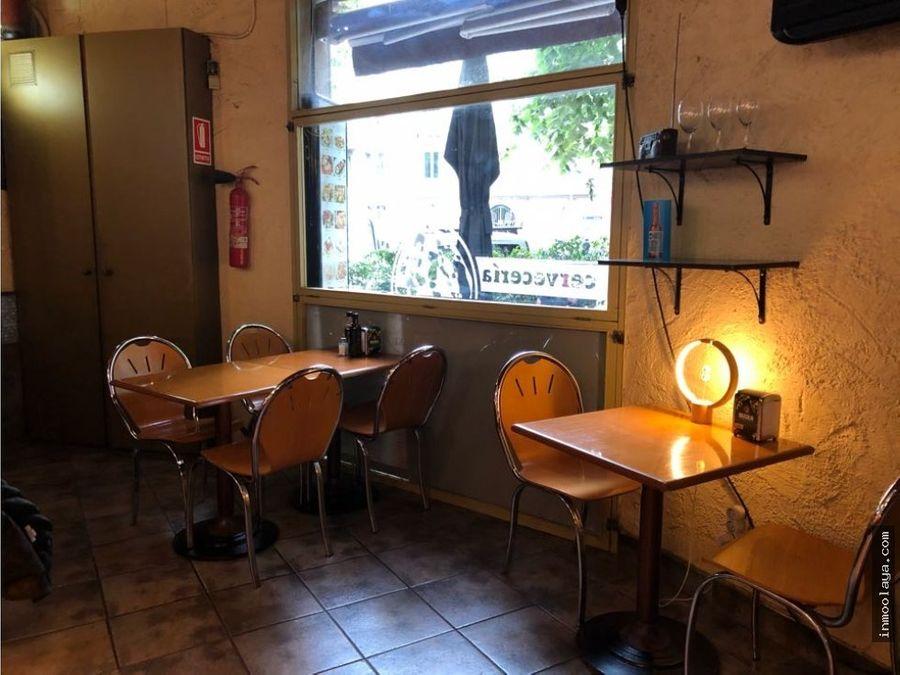traspaso bar restaurante esquinero con terraza en leixample